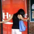 Coke Hug Me Machine: Chiêu 'độc' của Coca-Cola