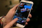 "Samsung cần gì để ""qua mặt"" Apple?"
