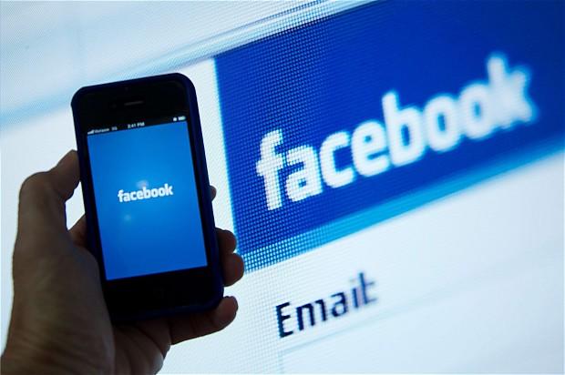 Sponsored Story Facebook